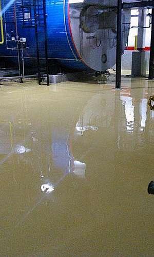 Empresas de pintura de piso industrial